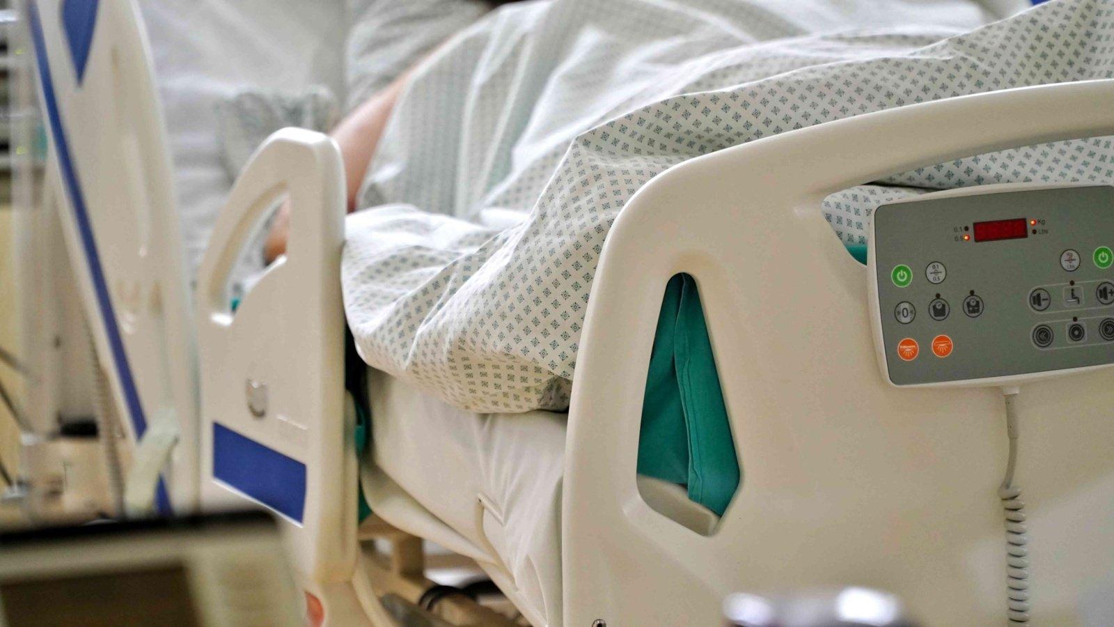 Sulaikant mėginusius pasišalinti du neteisėtus migrantus, nukentėjo VSAT pareigūnas, jis paguldytas į ligoninę