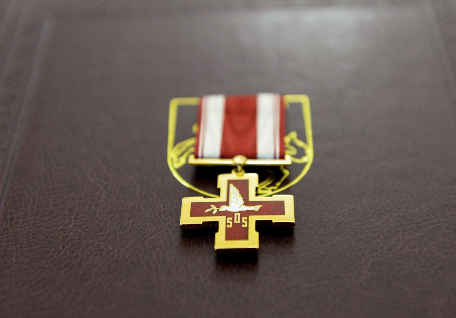Žūvančiųjų gelbėjimo kryžiumi pagerbtas E. Petkevičienės ir L. Šabūnienės atminimas