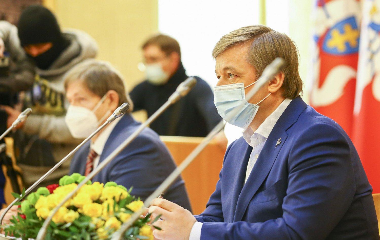 R. Karbauskis: Vyriausybės taikomos karantino priemonės tinkamo efekto neduoda, o nuostoliai ekonomikai – milžiniški