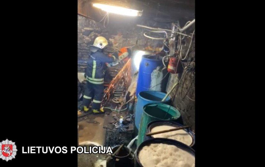 Šalčininkų policija demaskavo dar vieną naminukės gamintoją (vaizdo įrašas)