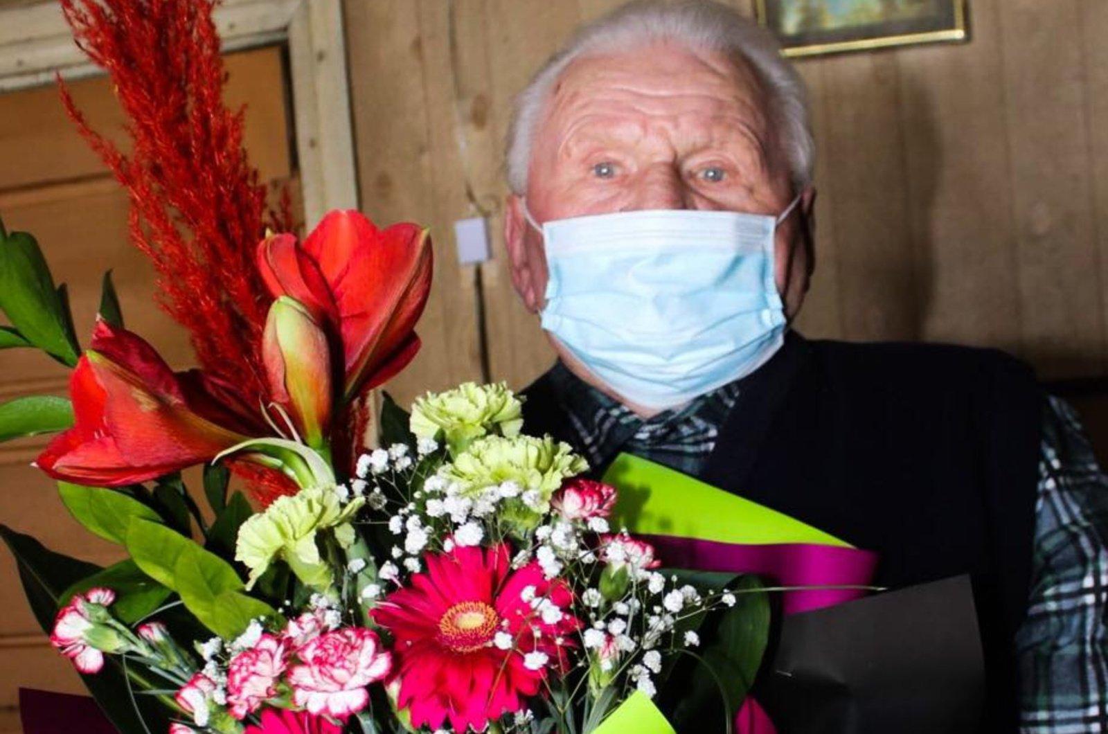 Kalvarijos savivaldybės gyventojas Bronislovas Kliūčius švenčia 100-ąjį gimtadienį