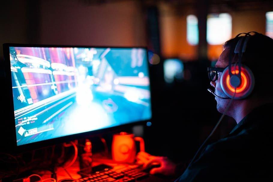Neįtikėtinas žiaurumas: karo žaidimai internete baigėsi tikra mirtimi