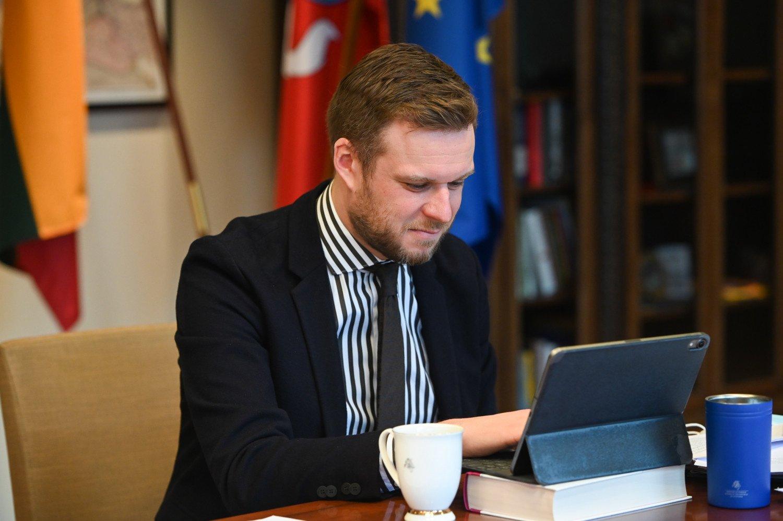 G. Landsbergis dėl COVID-19 ribojimų ragina būti kantrius, kad negrįžtume į gruodžio mėnesį
