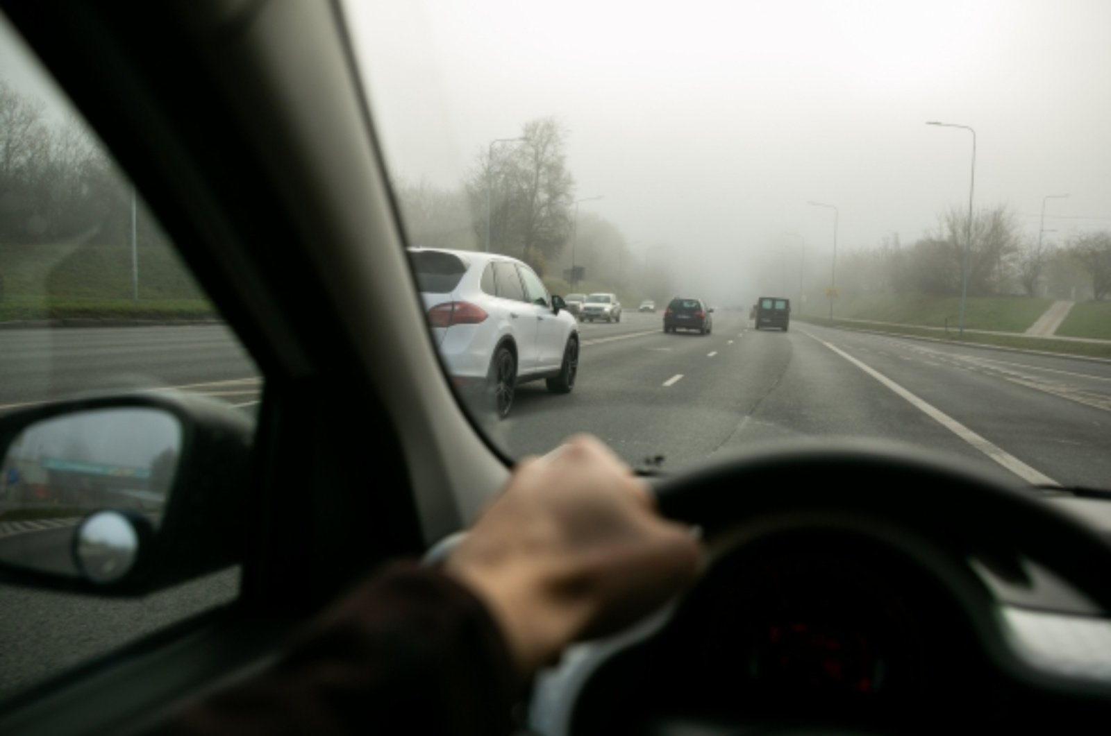 Kriminalai Klaipėdos apskrityje: apgadinti automobiliai ir vagystės