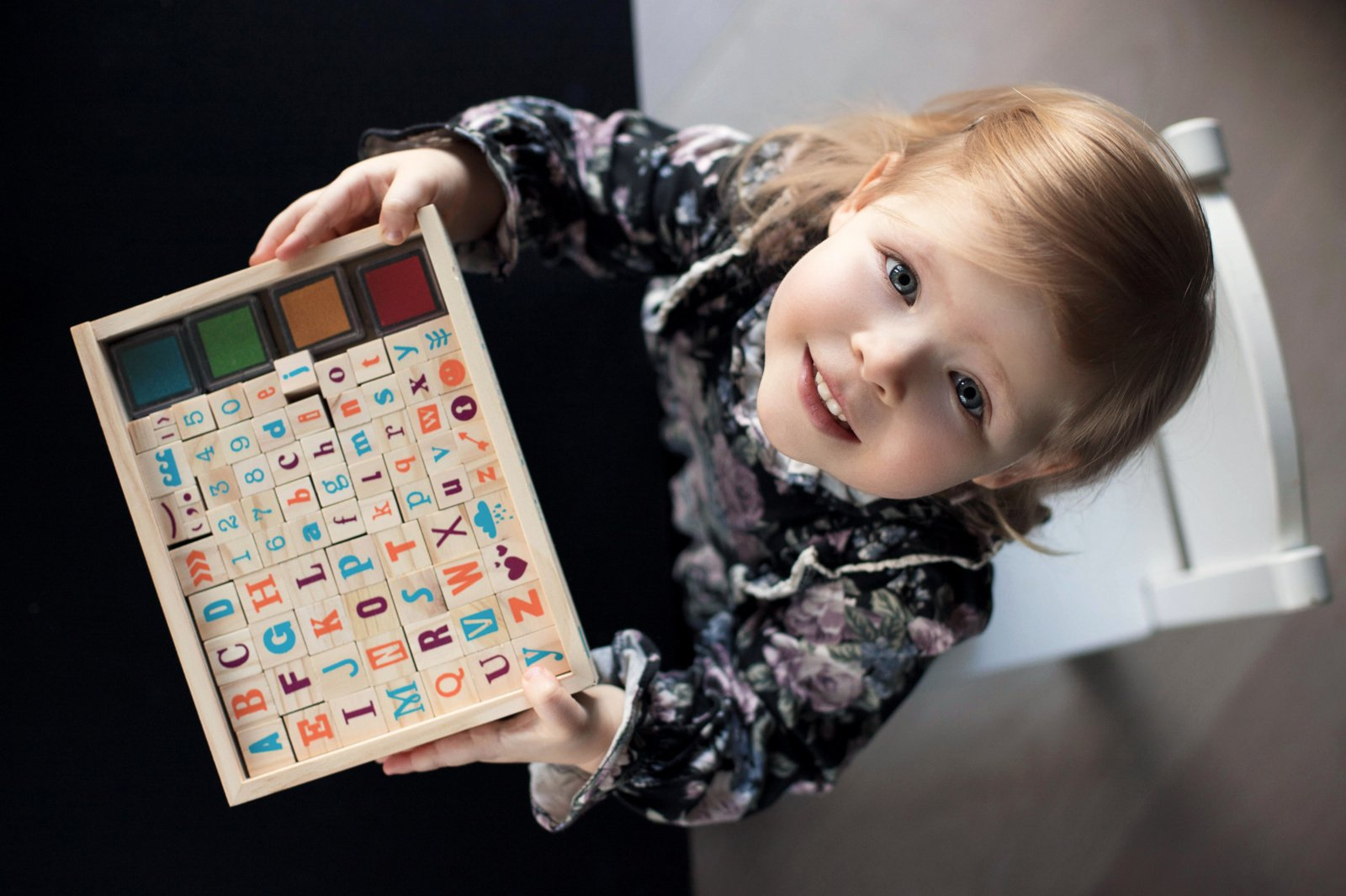 Kada tinkamas laikas vaikus pradėti mokyti skaityti?