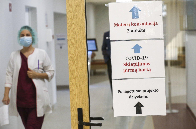 Siekiant efektyviau panaudoti vakcinas, savivaldybėms perskirstoma beveik 3000 dozių
