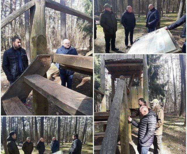 Pakruojo rajono valdžia susirūpino Rozalimo miško parku