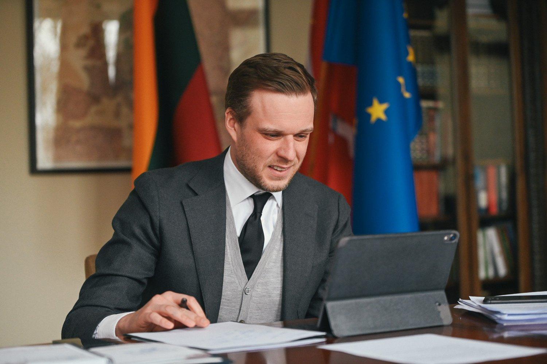 G. Landsbergis pokalbyje su NATO generaliniu sekretoriumi atkreipė dėmesį į provokacinius Rusijos veiksmus Ukrainos atžvilgiu
