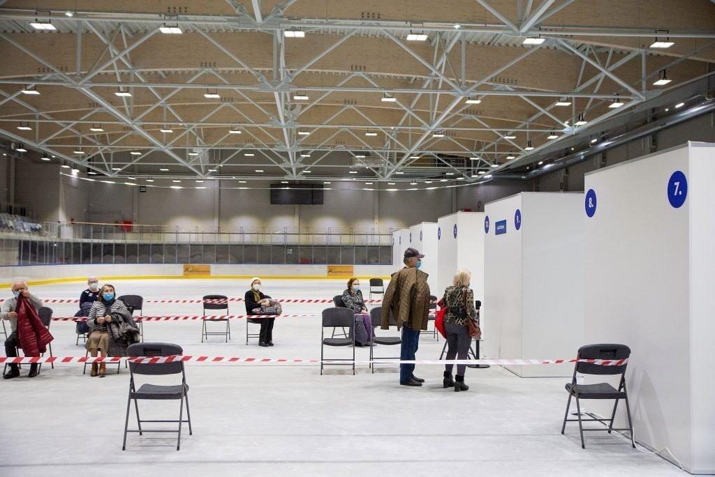 Kauno vakcinavimo centras tris dienas nedirbs, nes nebeturi vakcinų