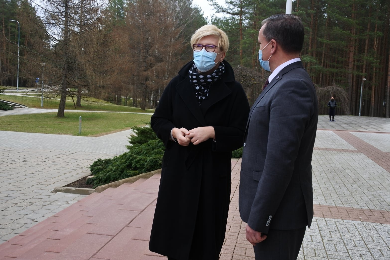 I. Šimonytė į visaginiečius kreipėsi rusiškai: paragino skiepytis