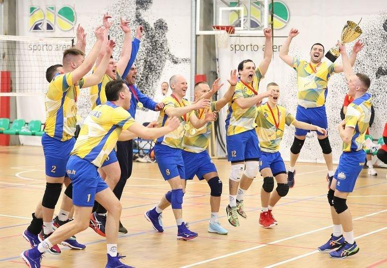 """Lietuvos vyrų tinklinio """"TOP sport"""" I lygos didžiajame finale triumfavo Kelmės """"Kelmė"""" komanda"""