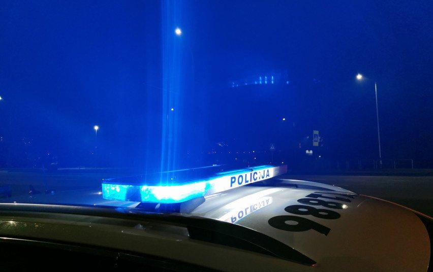 Radviliškio rajone į griovį nuvažiavo automobilis: nukentėjo moteris