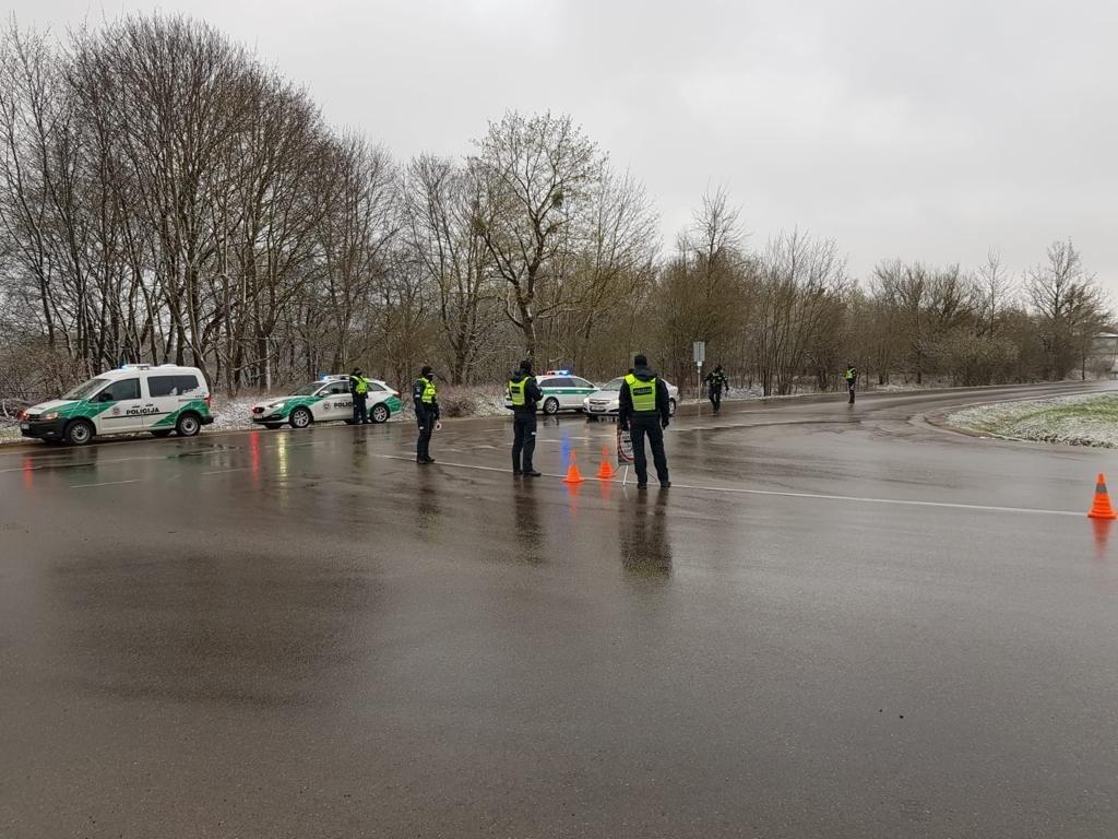 Savaitė Kauno keliuose: policijai įkliuvo girti ir beteisiai vairuotojai