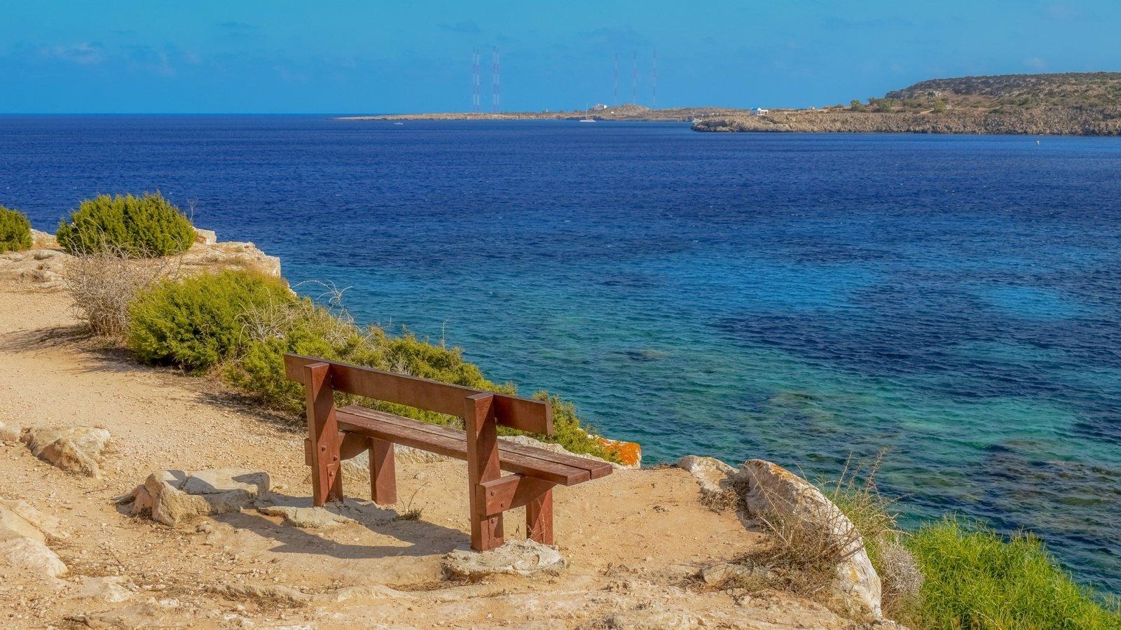 Kipras atveria sienas vakcinuotiems turistams iš 65 šalių
