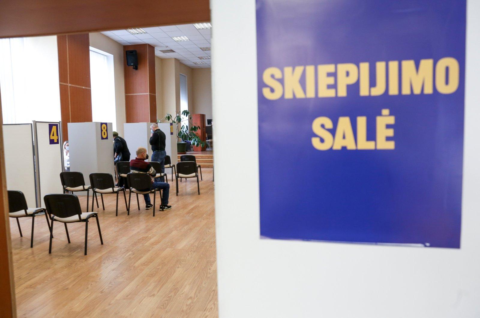 Vilnius paskelbė registruojantis COVID-19 vakcinacijai asmenis nuo 35-erių