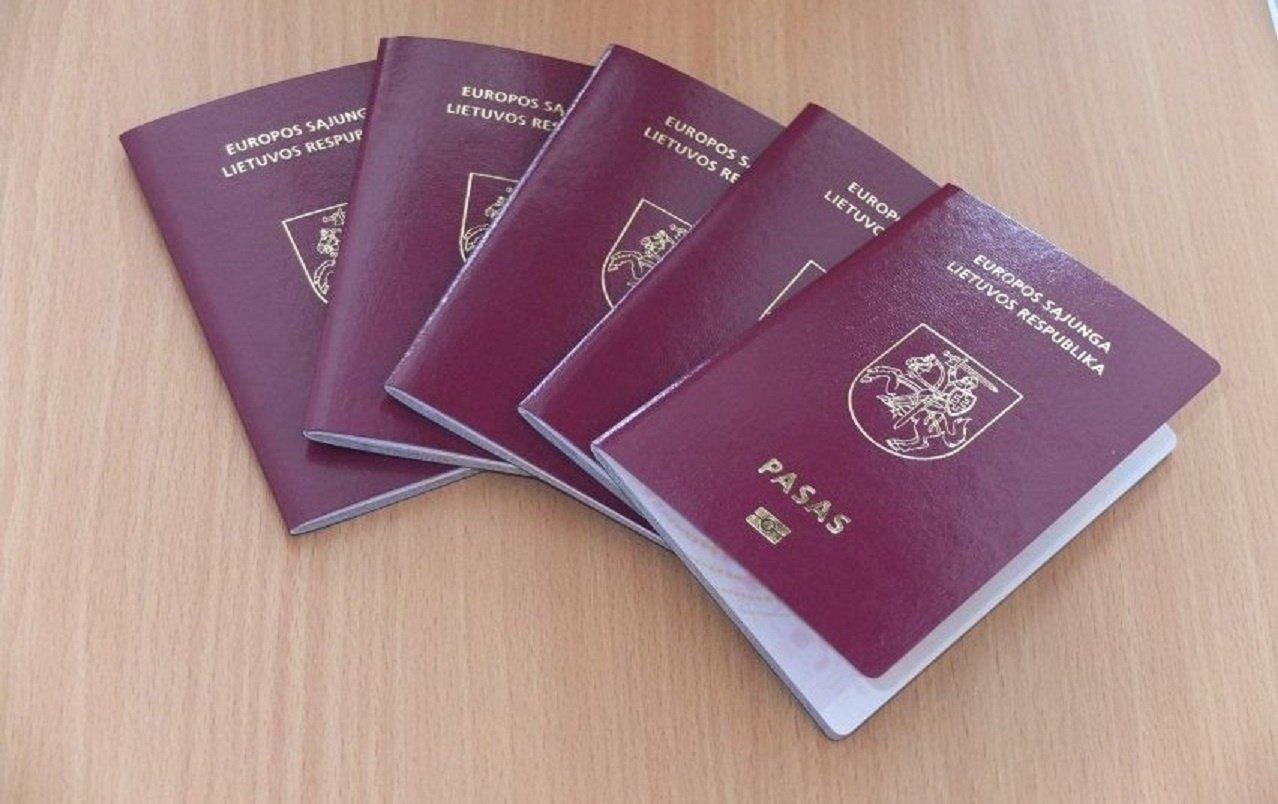 Mančesteryje atidarytas pasų centras Lietuvos piliečiams