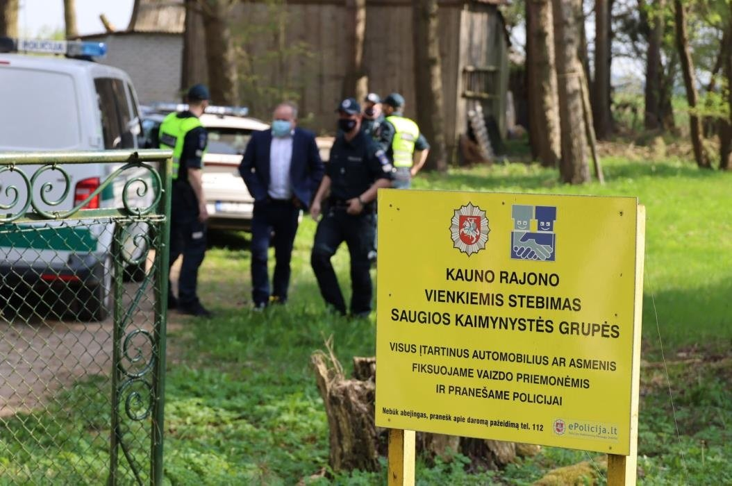 Kauno rajono seniūnijose atsiras daugiau saugumą užtikrinančių ženklų ir stebėjimo kamerų