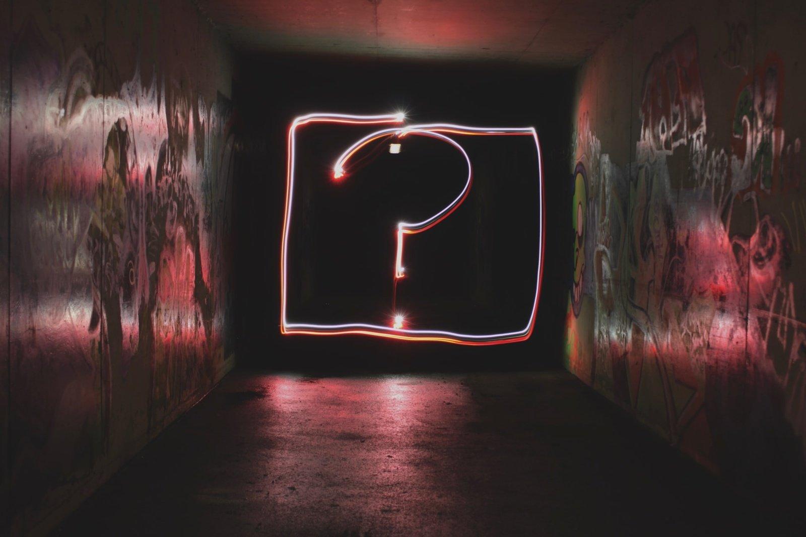 Vertimų biuras ar laisvai samdomas vertėjas: kam patikėti vertimą?