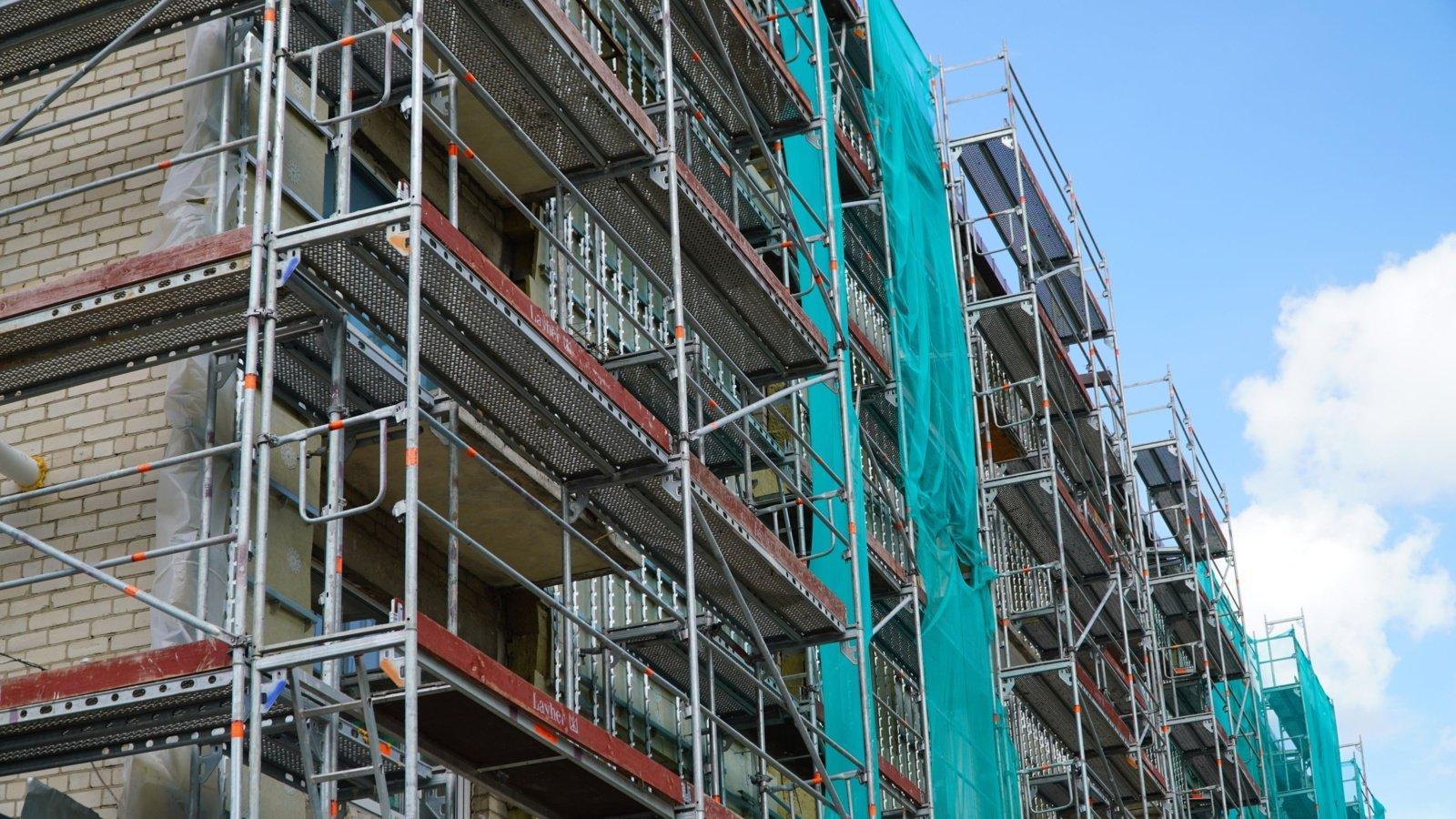 Nepavojingi atliekų deginimo metu susidarę pelenai ir šlakai gali būti panaudoti statyboje
