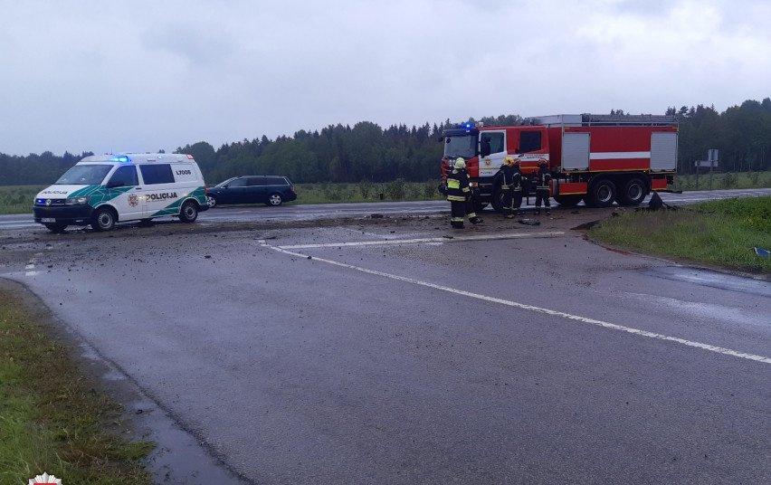 Praėjusi para keliuose: sužeista 14 žmonių