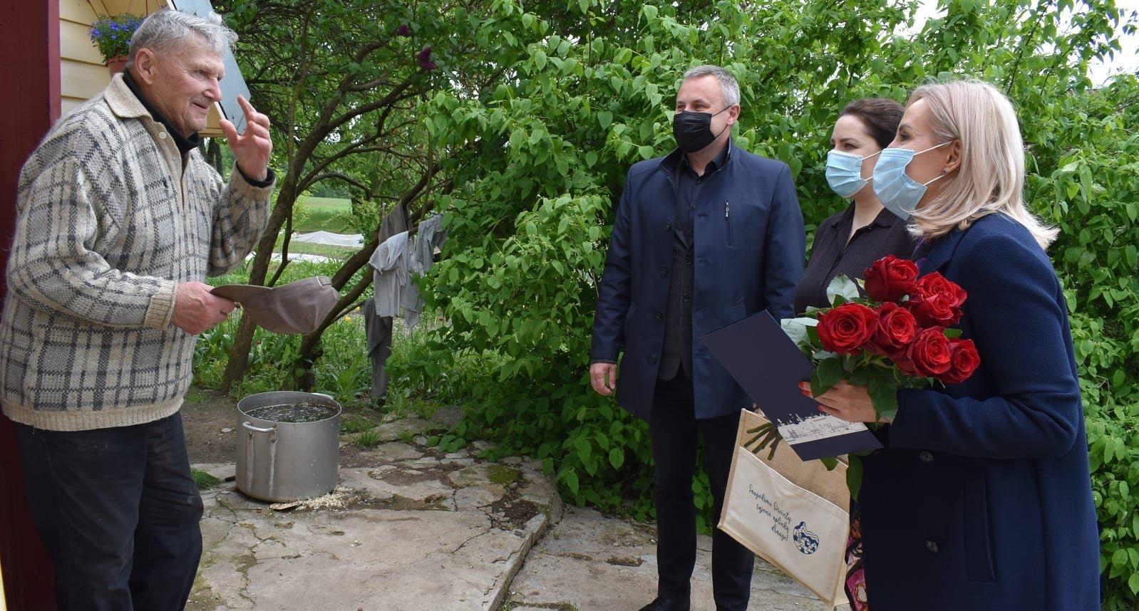 Bajorakampio gyventojas Kazys Sasnauskas minėjo 90-ąjį jubiliejų