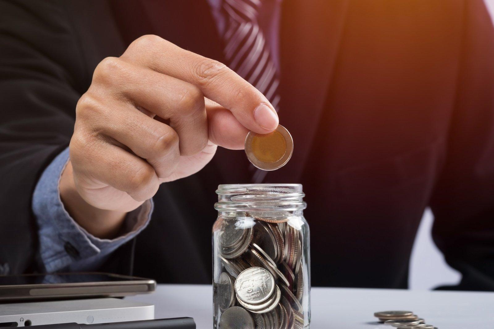70/30 finansų taisyklė arba kodėl turtingi žmonės neišlaidauja prabangos prekėms