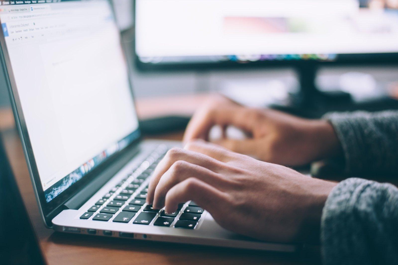 Šviesolaidinis internetas: kodėl verta įsigyti?