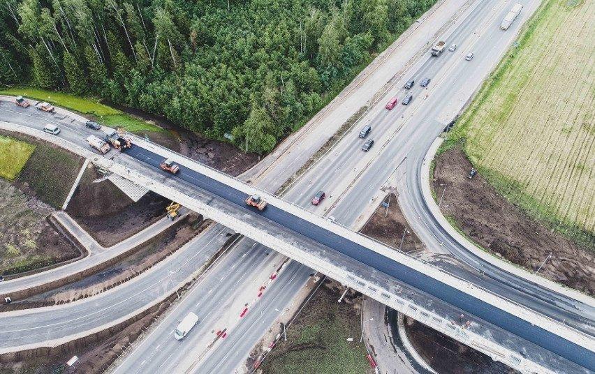 Tvarkomas magistralinis kelias A1: keliaujantiems į pajūrį rekomenduoja rinktis kitus maršrutus