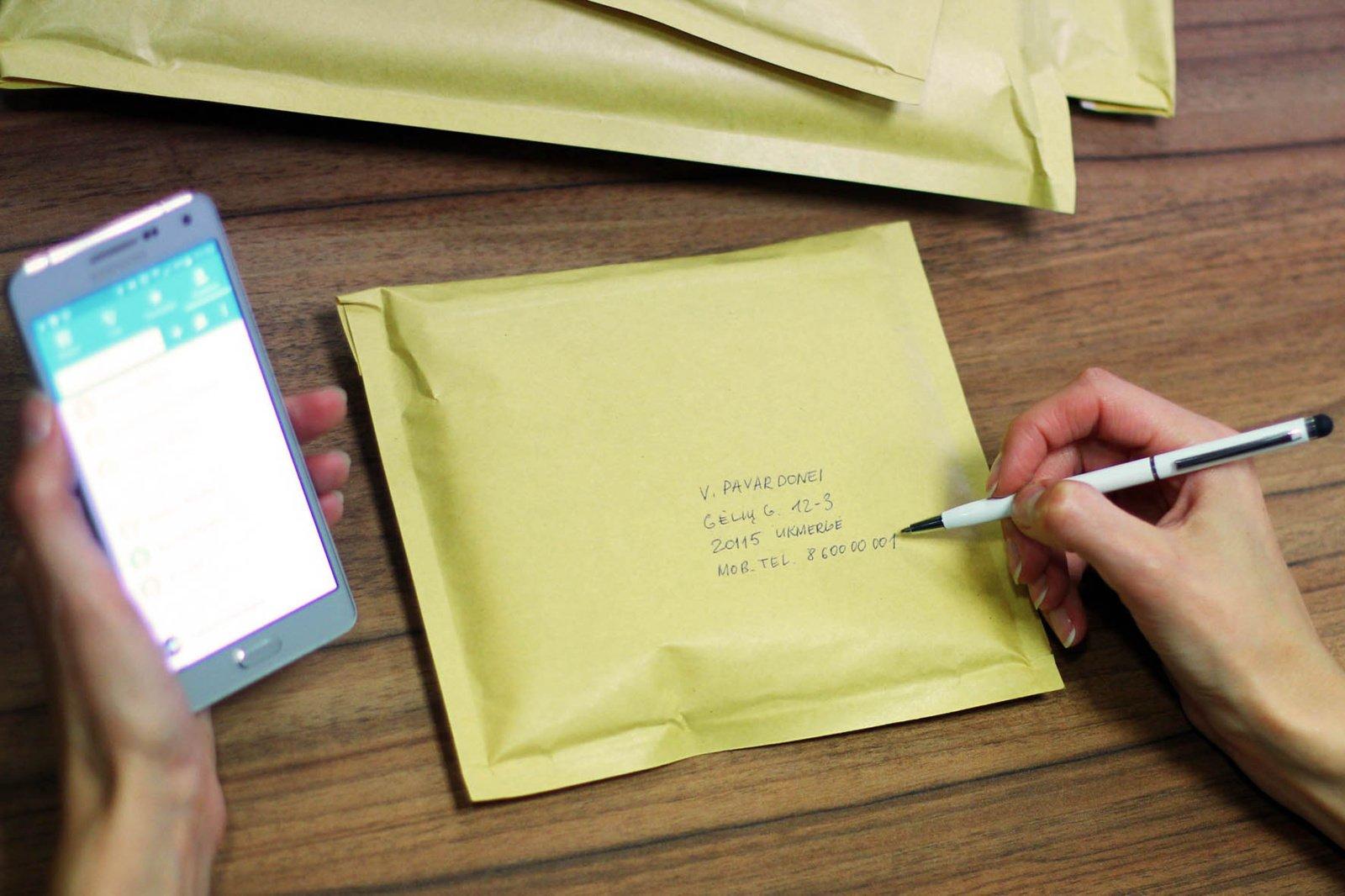 Lietuvos paštas paaiškino, kodėl siuntos nepasiekia gyventojų: kalti adresai