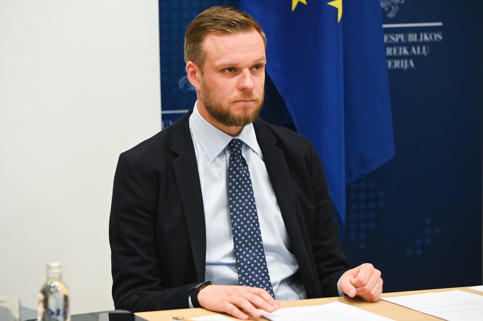 G. Landsbergis apsimetėlių pokalbį laiko provokacija: pasitikiu Žygimantu Pavilioniu