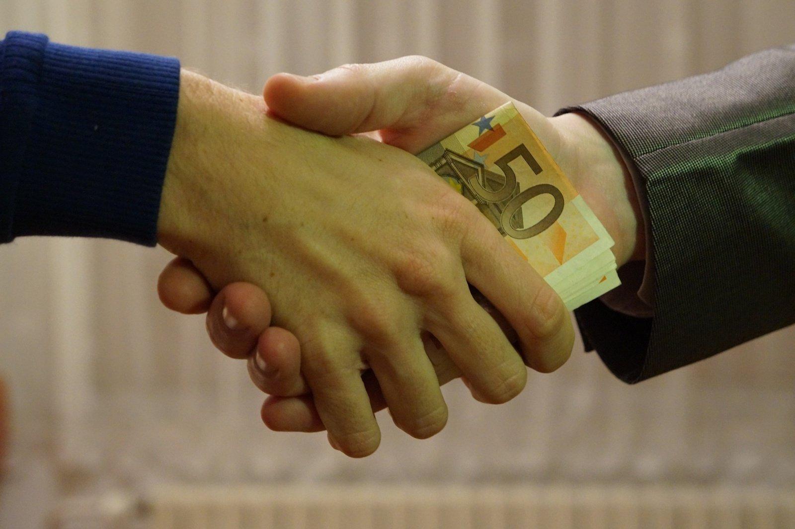 Loterijų asociacija: į viešumą pradėjo lįsti nusikalstamo lobizmo galai
