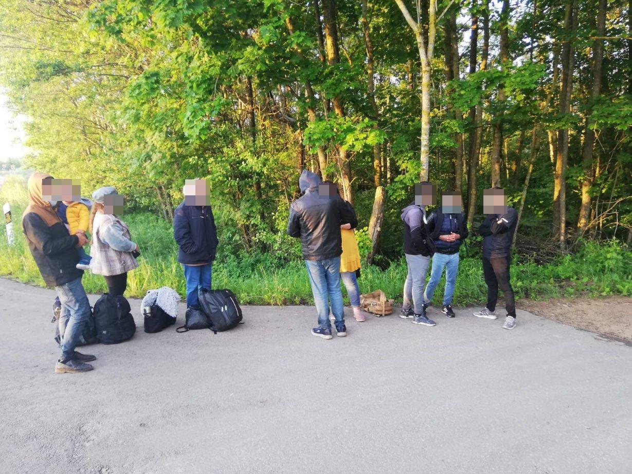 Švenčionių ir Ignalinos rajonuose pasieniečiai sulaikė 58 neteisėtus migrantus