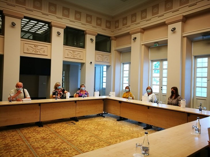 """Telšių lopšelio-darželio direktorė dalyvavo metodinio centro """"Zipio draugai"""" susitikime Prezidentūroje"""