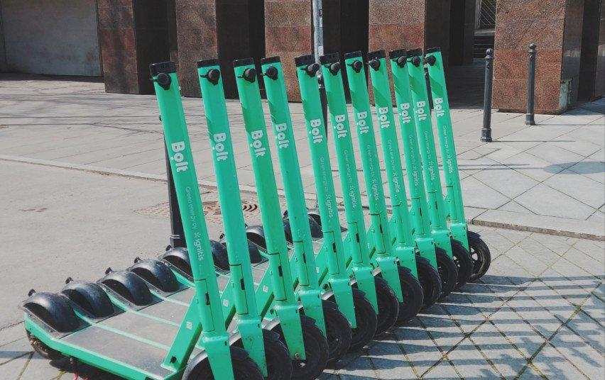 Kaune stiprinama dviračių ir elektrinių paspirtukų kontrolė