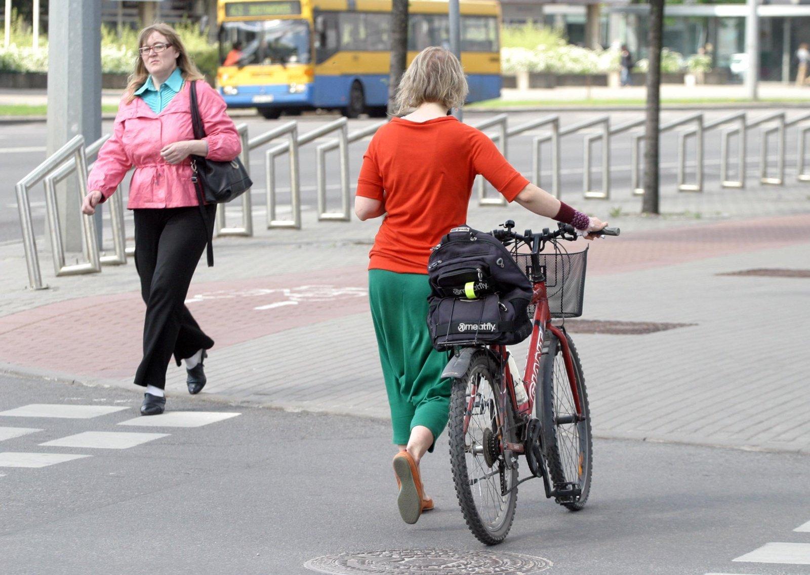 Aštuoni iš dešimties lietuvių mano, kad Lietuvoje situacija krypsta į blogąją pusę