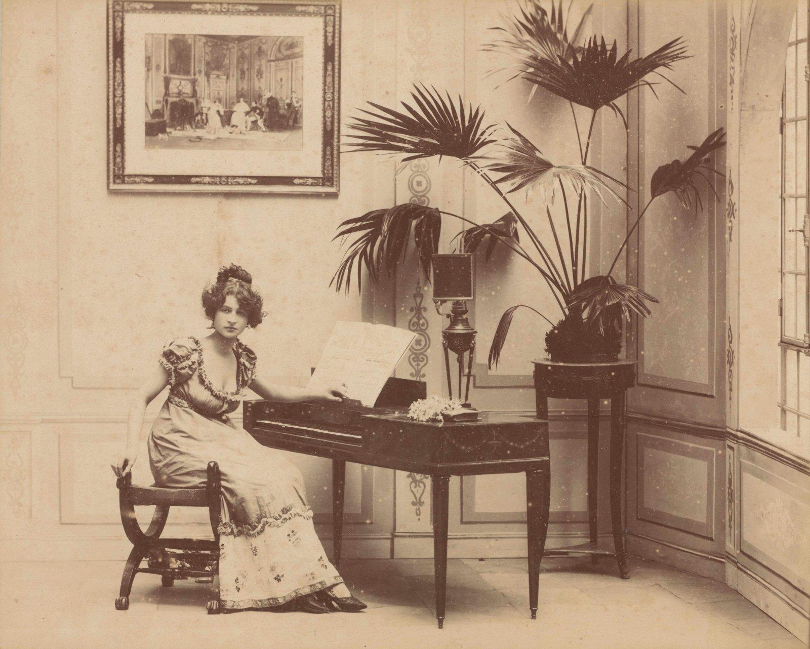 Fotografijos muziejuje pristatoma įžymiojo grafo Benedikto Henriko Tiškevičiaus fotografijų knyga ir jo kūrybai skirta interaktyvi paroda