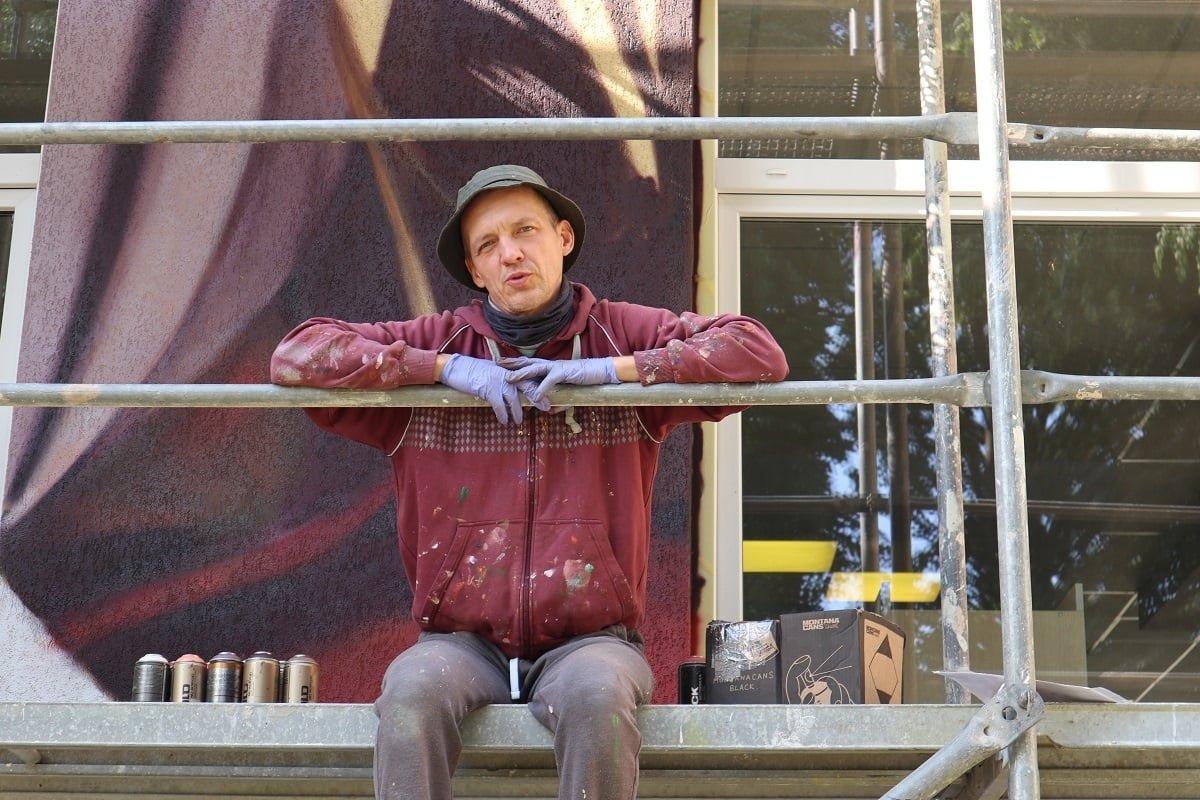Ignaliną išpuošęs dailininkas čia paliks dalelę širdies