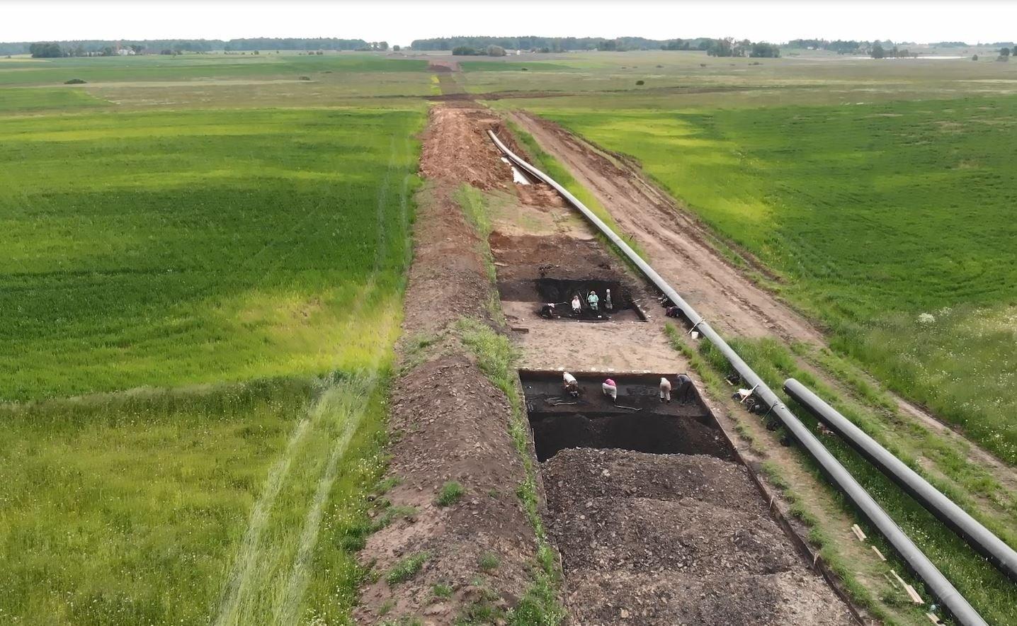 Tarp Kruonio ir Elektrėnų rastos akmens amžiaus gyvenvietės, viduramžių kapavietės