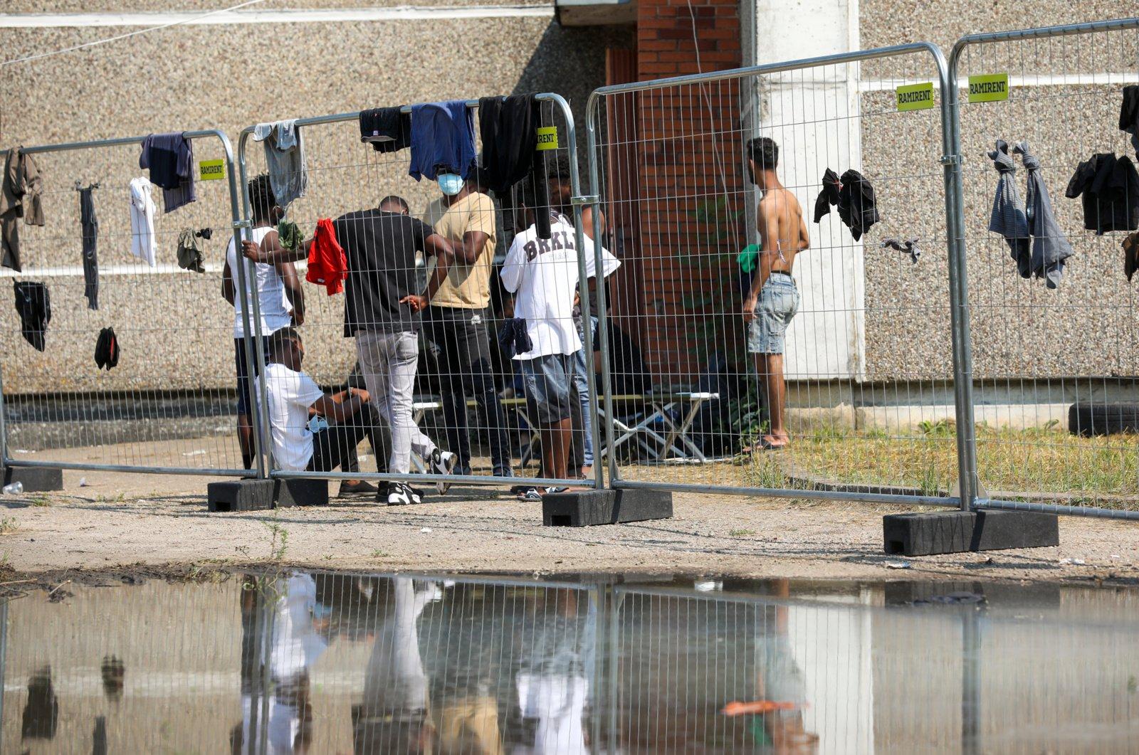 Du sieną su Baltarusija kirtusių neteisėtų migrantų vaikai išvežti į reanimaciją