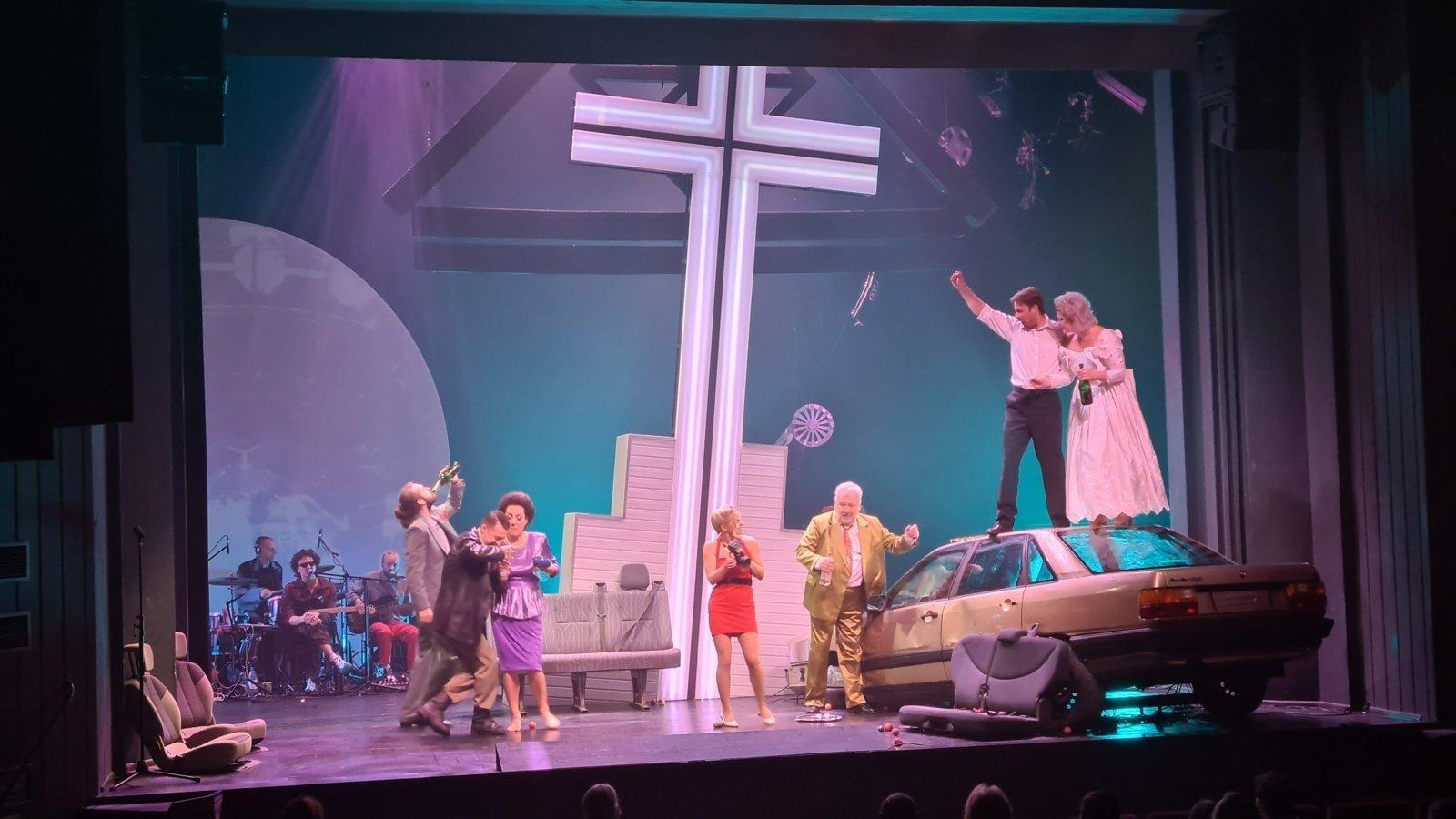Kultūroje – nerimas dėl naujos viruso bangos: kai kurie teatrai jau atšaukia spektaklius