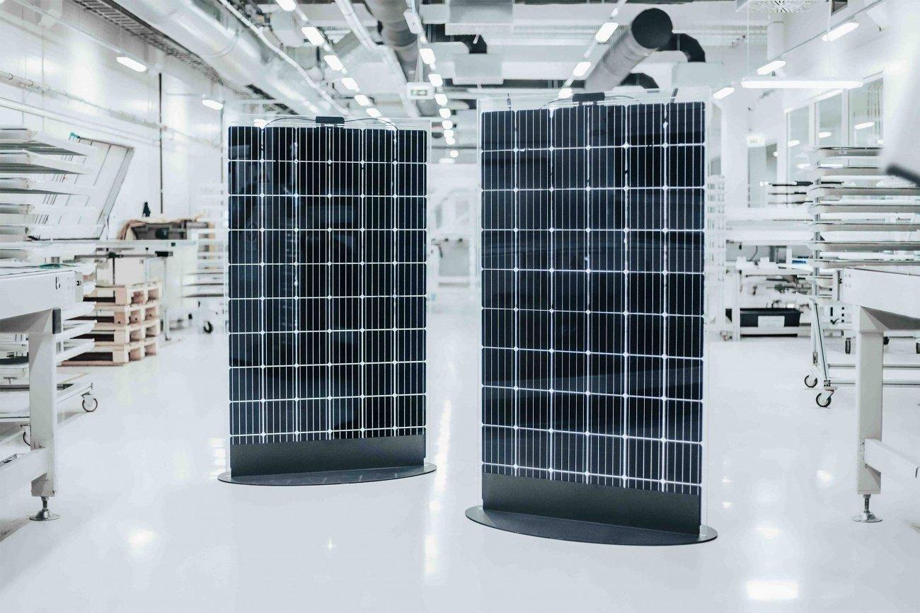 """""""BOD Group"""" atidarė didžiausią šalyje saulės elektrinę"""