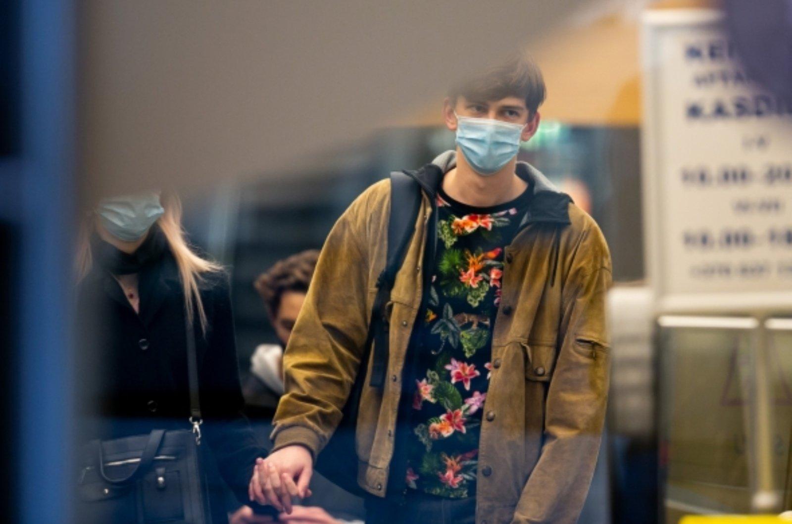 Svarbiausi trečiadienio įvykiai: vyriausybės sprendimai dėl koronaviruso ir migrantų krizė