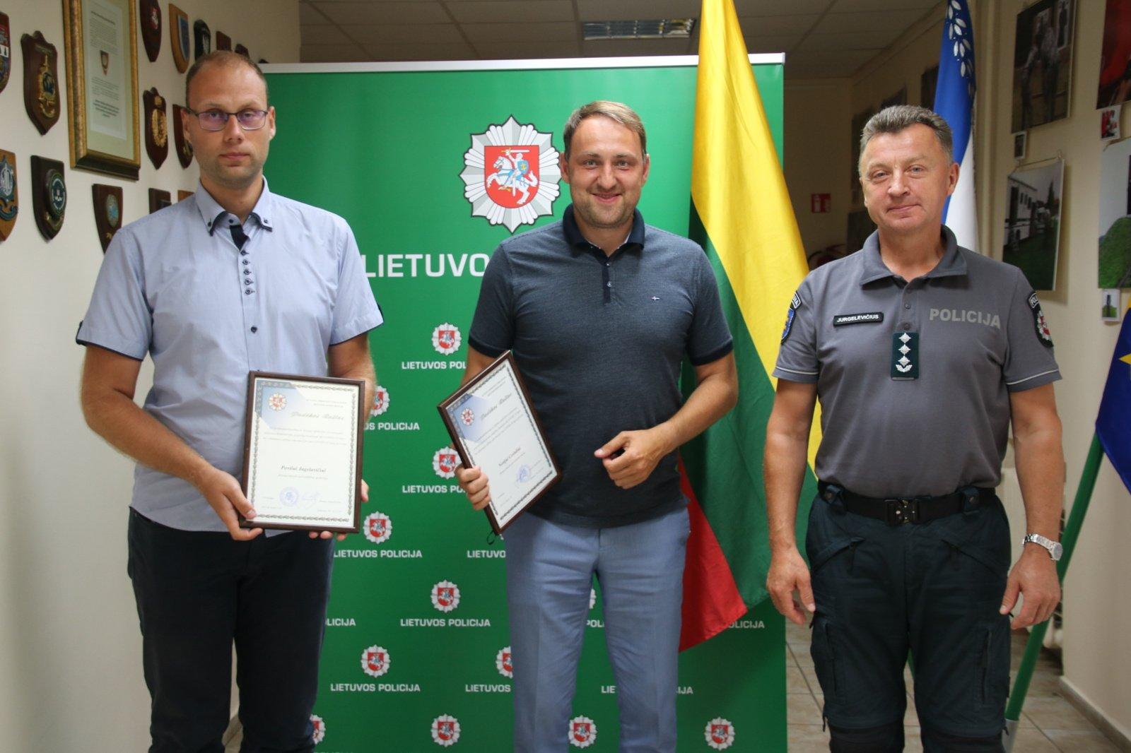 Alytaus regione įteiktos padėkos už sėkmingą vakcinaciją nuo COVID-19