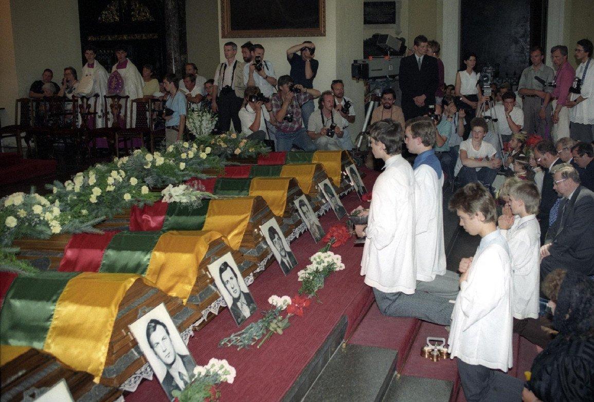 Šiandien minimos Medininkų tragedijos 30-osios metinės
