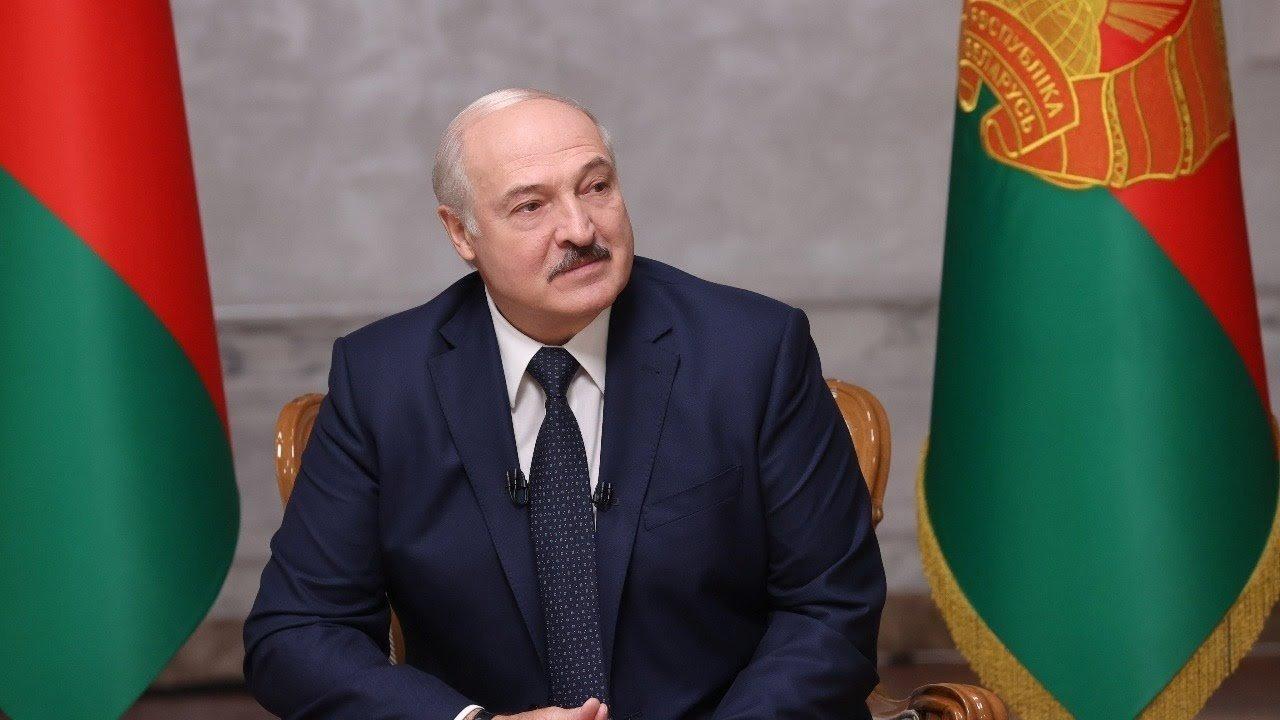 A. Lukašenka liepė jėgos struktūroms uždaryti sienas