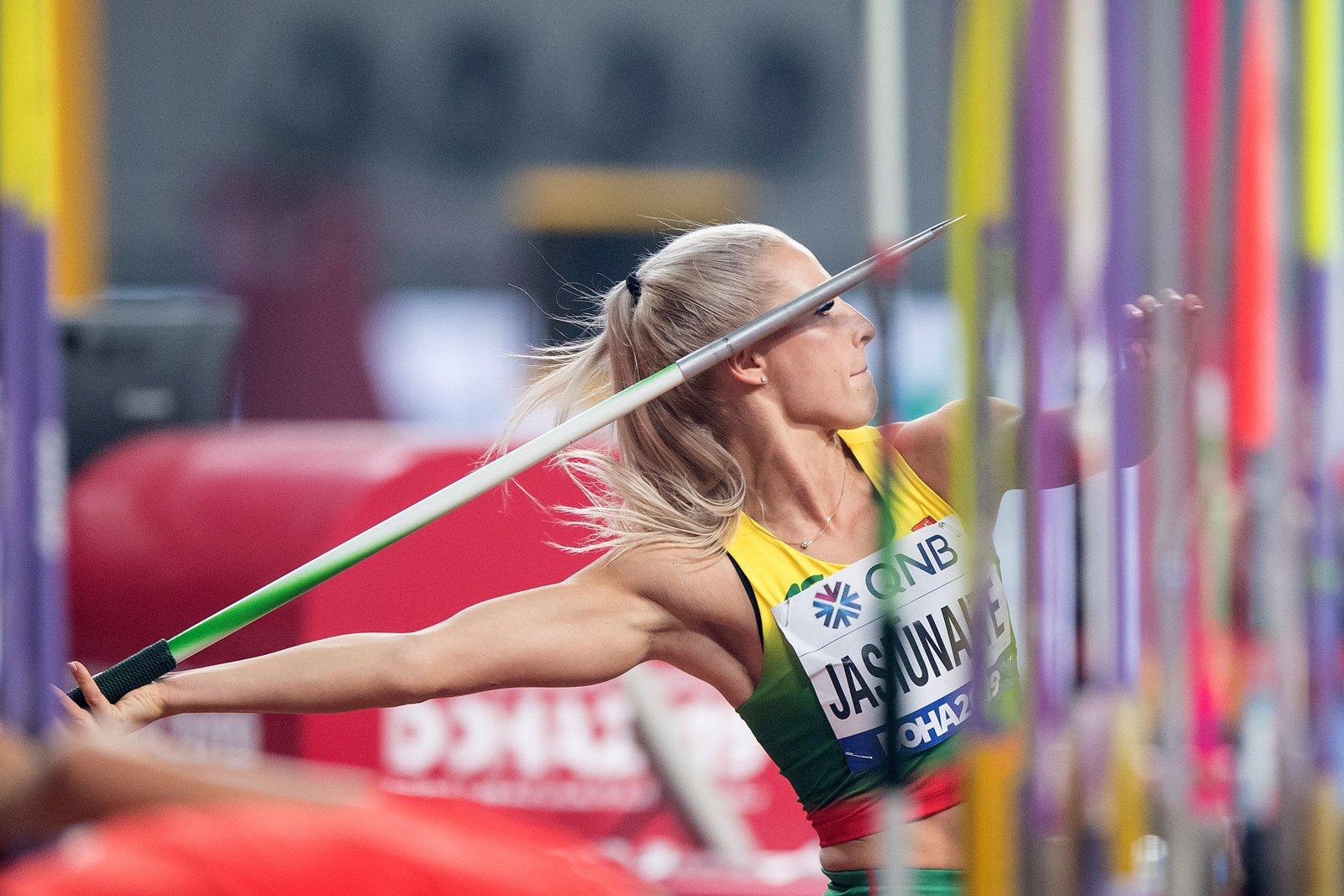 Penktadienio lietuvių olimpiečių startai: ieties metikės laukia finalas, o penkiakovininkės atliks paskutines rungtis
