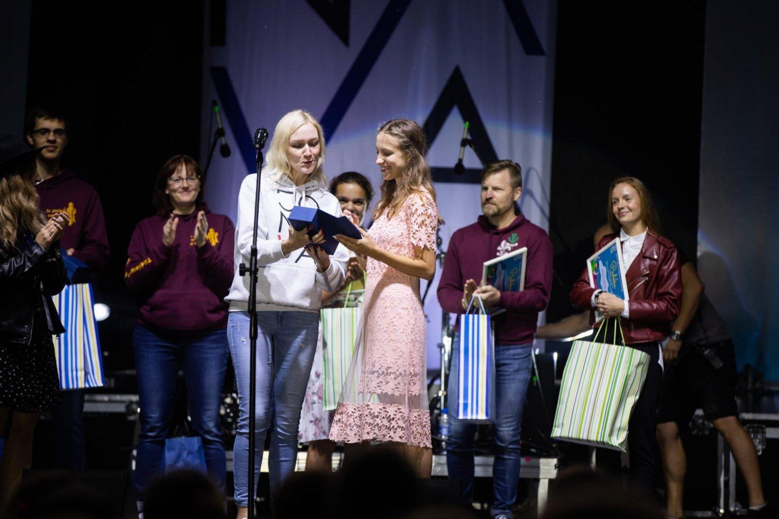 Jonavos miesto šventėje apdovanotos geriausios jaunimo iniciatyvos