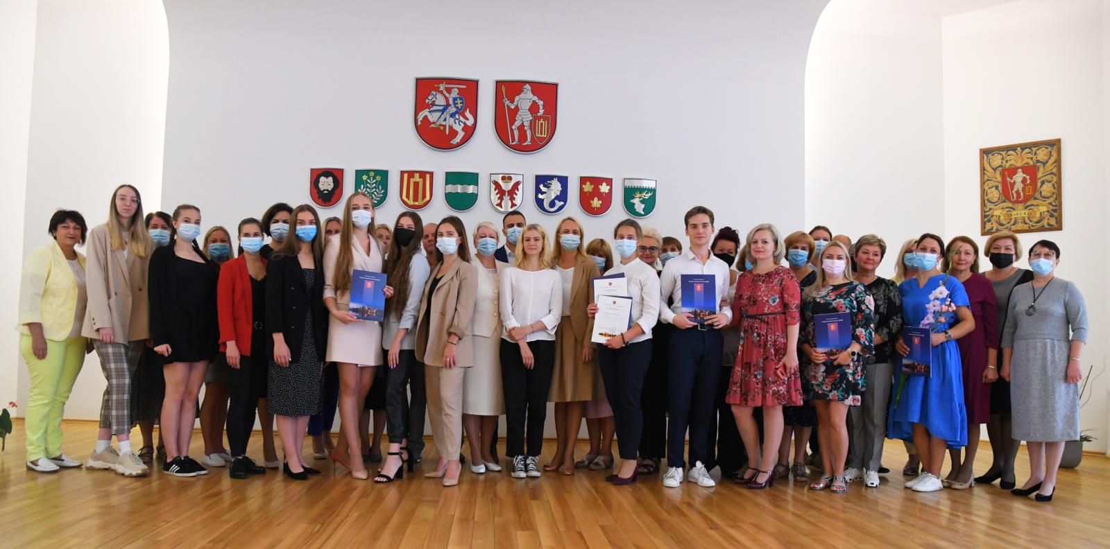 Savivaldybėje pasveikinti Trakų rajono šimtukininkai
