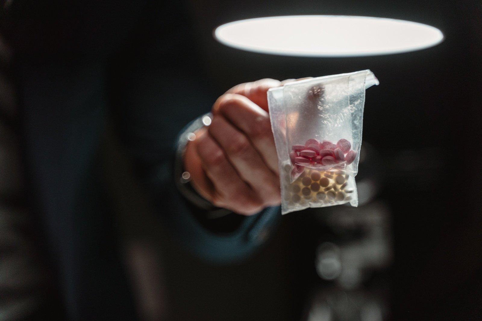 Mirė narkotikų pardozavęs 13-metis