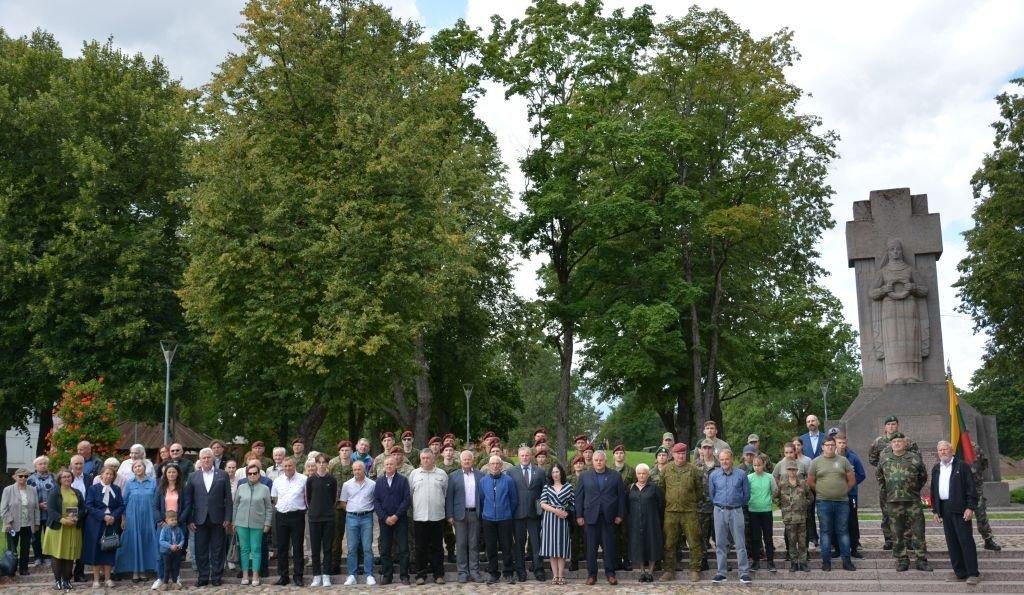 Biržuose paminėta Baltijos kelio ir Juodojo kaspino diena